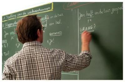 """""""Verniticht, maschine,... Ik moet het goedkeuren"""": voor een tien voor taal moeten leerlingen niet kunnen spellen"""