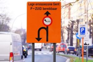 In drie grafieken: hoeveel LEZ-boetes schrijft Gent elke dag uit?