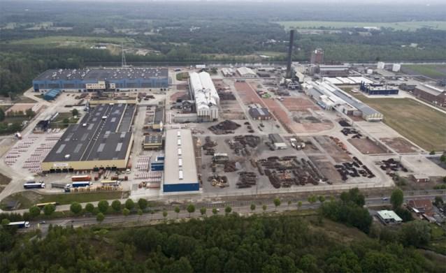 """Greenpeace meet verhoogde radioactiviteit nabij Umicore-site in Olen: """"Niveaus die overeenstemmen met rode zone in Tsjernobyl"""""""