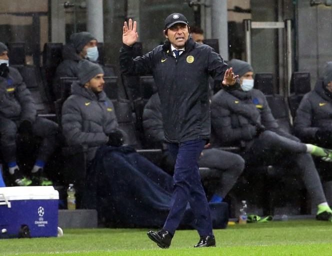 """Slechte verliezer Antonio Conte maakt zich niet populair tijdens interview met zijn 'vrienden': """"Hij had geen enkel respect"""""""