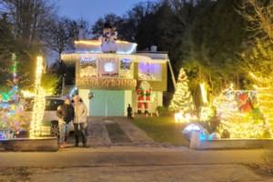 """Kerstspektakel in voortuin: """"Het maakt mensen blij"""""""