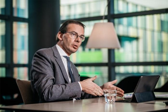 """Minister Wouter Beke openhartig over coronajaar en zijn ziekte: """"Ik weet wat het is om kwetsbaar te zijn"""""""