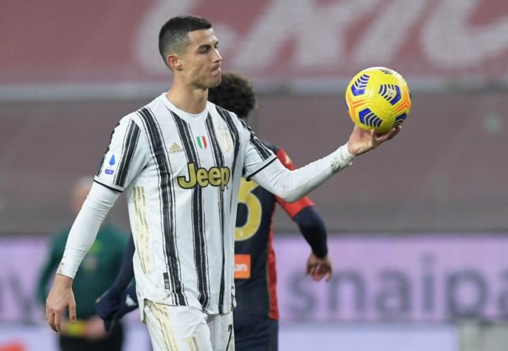 Cristiano Ronaldo bezorgt Juventus met twee penaltygoals makkelijke zege en is nu gedeeld topschutter in Serie A