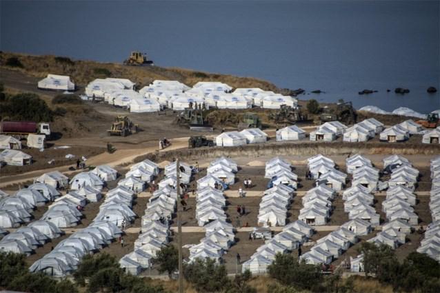 Driejarig meisje vermoedelijk verkracht op migrantenkamp Lesbos