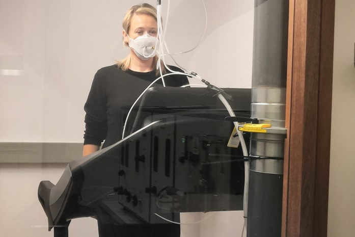 Niet meer wachten op het buitenland: ook Vito in Mol mag mondmaskers testen