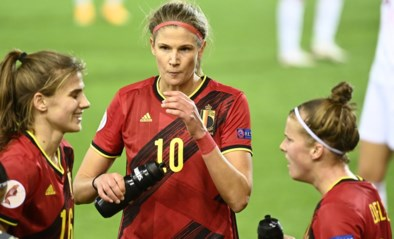 Red Flame Justine Vanhaevermaet vergezelt Janice Cayman in achtste finales Champions League