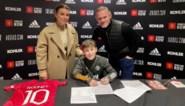 11-jarige zoon van Wayne Rooney treedt in voetsporen van fiere papa met eerste contract bij Manchester United