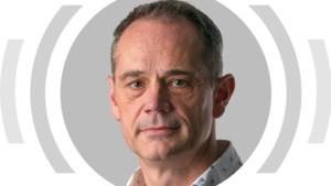 """""""John van den Brom schiet op de verkeerde. Het is zijn eigen voorzitter die ervoor koos het programma zo te overladen"""""""