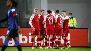 Hertha lijdt zware nederlaag tegen Freiburg, maar Dodi Lukebakio zorgt toch nog voor eerredder