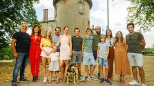 """Familie Planckaert lanceert kerstsingle: """"We zijn geen professionele muzikanten, maar we spelen wel elke avond samen"""""""