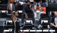Kevin Durant leidt Brooklyn bij comeback mee naar winst in NBA, kampioen Los Angeles Lakers start met nederlaag