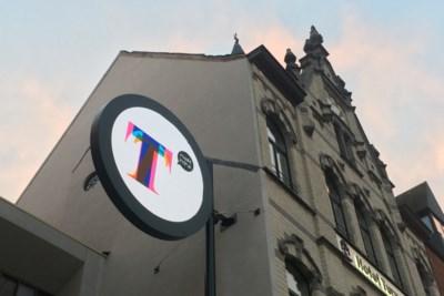Q-Lite maakt ledscherm voor ingang Turnova - Het Nieuwsblad Mobile