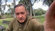 """Kevin Spacey pakt uit met nieuwe video: """"Het klopt, wat zou kerstavond zijn zonder mijn boodschap"""""""