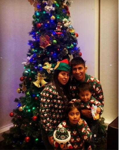 Zo vieren topsporters kerst: in kerstpyjama bij de boom, muziek maken onder de lichtjes en de kerstwens van Peter Sagan