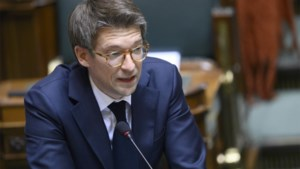 """Regering vraagt sociale partners toch voort te onderhandelen over hogere uitkeringen: """"Deadline is 13 januari"""""""