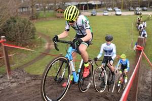 """Kenay De Moyer wint UCI-cross: """"Beloond omdat ik ben blijven doortrainen"""""""