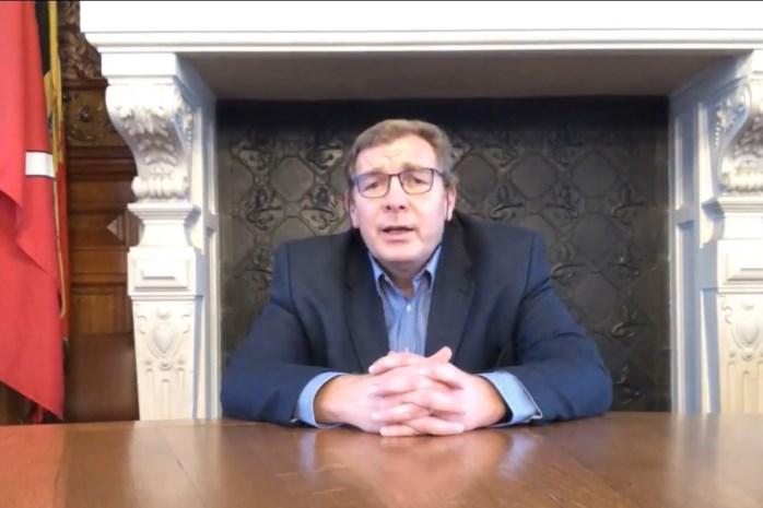 """Burgemeester speecht online: """"Klaar om te helpen bij vaccinaties"""""""