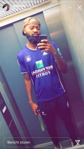 Typisch Lamkel Zé: Kameroener komt op Antwerp in truitje van Anderlecht (maar mag niet binnen)