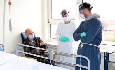 """Voetballer Tuur Dierckx draait na lockdownfeestje mee op Covid-afdeling in ziekenhuis: """"Het is wel binnengekomen"""""""