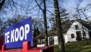 In ons kot? Als er maar een tuin en thuiswerkbureau is: corona doet huizenprijzen felst stijgen in vijftien jaar