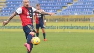 Radja Nainggolan heeft plots rood haar en scoort bijna wereldgoal, maar beleeft debuut in mineur bij Cagliari