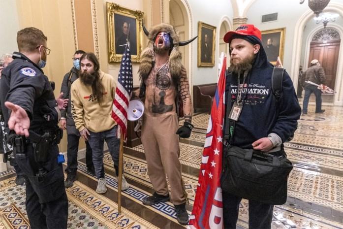 """Van een sjamaan tot metalzanger die al zes keer op Graspop stond: je kan het zo gek niet bedenken of dit zijn de """"grote patriotten"""" van Trump"""