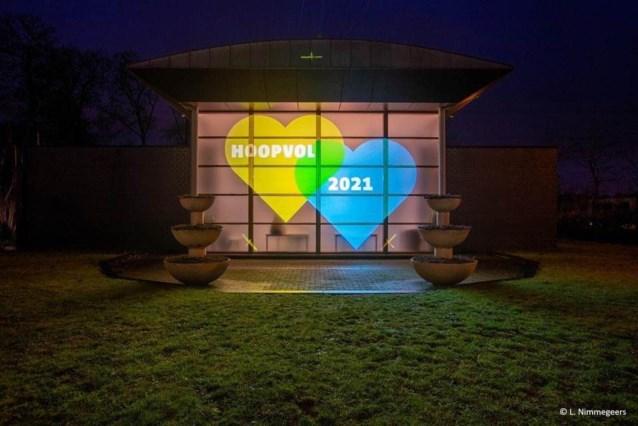 Lichtprojectie focust nu op hoop voor 2021