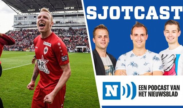 """SJOTCAST. Ritchie De Laet: """"Het titelfeest met Antwerp in 1B was fantastisch. Al viel ik wel in slaap op de supportersbus"""" Aflevering 19 staat online!"""
