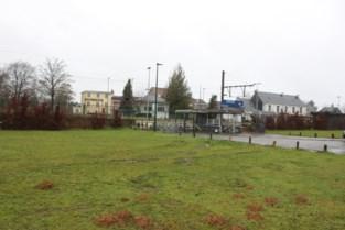 """Gemeente plaats zelf veilige fietsenstalling aan station: """"Mensen durven fiets niet aan station achterlaten"""""""
