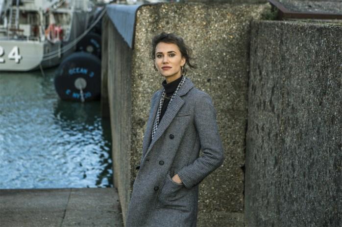 """Lize Feryn speelt een sleutelrol in 'Beau séjour 2': """"Vroeger had ik drang om te pleasen. Dat kan ik stilaan loslaten"""""""