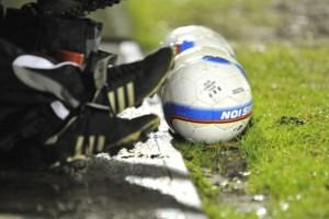 Voetbal Vlaanderen stelt eventuele annulering competitie voorlopig uit
