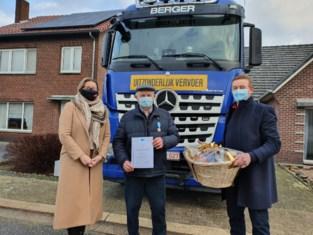 Vrachtwagenchauffeur Antoon (71) krijgt Europese erkenning