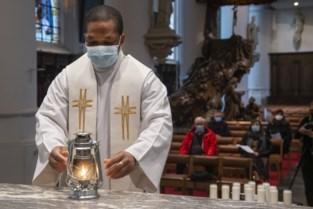 """Het Licht van Bethlehem is gearriveerd in (Oud-)Turnhout: """"Ook voor niet-katholieken"""""""