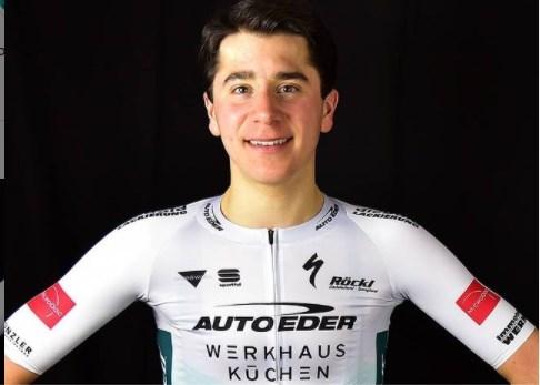 """17-jarige Cian Uijtdebroeks nu al mee op stage met profs van Bora-Hansgrohe: """"Ik denk niet dat ik hier al grote fouten heb gemaakt"""""""