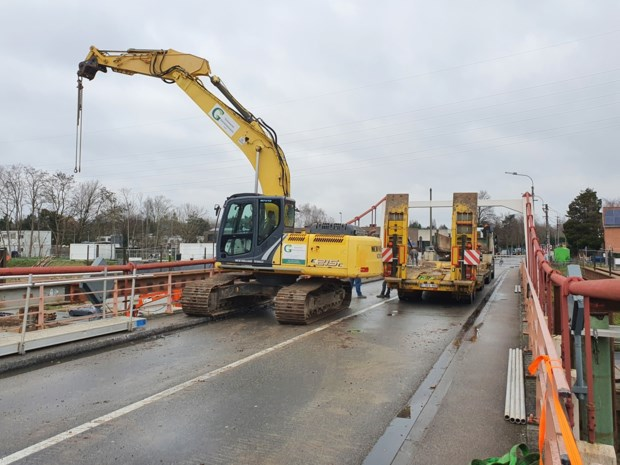 R4 in Merelbeke tijdelijk dicht voor afbraak Bergwijkbrug