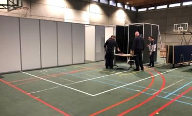 UZ Gent bouwt sportzaal om tot vaccinatiecentrum: voor personeel, studenten en stagiairs