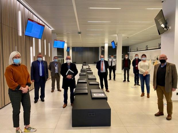 Gezocht: medewerkers voor vaccinatiecentrum sporthal Denderdal