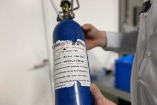 Honderd flessen lachgas in beslag genomen in Wilrijk