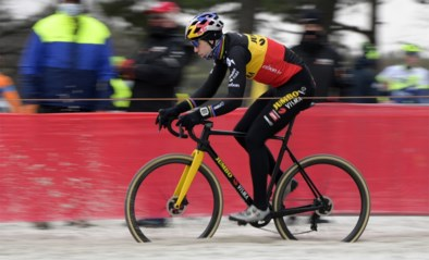 Wout van Aert wint met Zilvermeercross in Mol eerste keer ooit in Belgische kampioenstrui