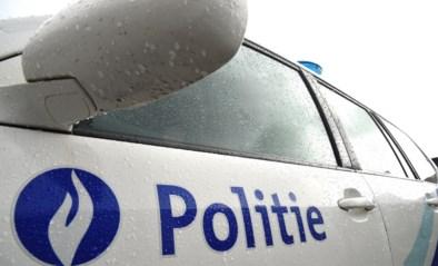 Vrouw in levensgevaar na aanrijding door slippend voertuig in Aalst