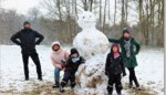 FOTO. Sneeuw bezorgt gezinnen topnamiddag