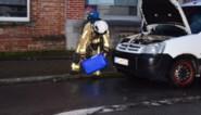 Veel schade na brand in geparkeerde Citroën Berlingo