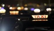 Taxichauffeur onder invloed achter het stuur