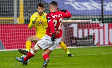 Standard boekt 6 op 6 onder nieuwe coach Mbaye Leye, Cercle Brugge verliest opnieuw en pakt 4 op 36