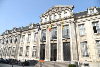 Jaar celstraf voor vrouw die voor 7.000 euro stal bij Roeselaarse handelaars