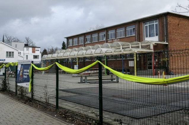 Twee scholen week dicht na besmettingen met Britse coronavariant, 2.000 gezinnen moeten tien dagen in quarantaine