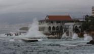 Experts onthullen: giftige chemicaliën jarenlang onbeschermd in haven opgeslagen in haven van Beiroet