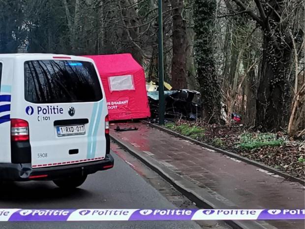 Wie zat achter het stuur bij dodelijk ongeval met drie tieners? Gewonde 17-jarige kan zich niets herinneren