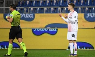 Terwijl Ibrahimovic tovert, moet Saelemaekers bij wederoptreden al na acht minuten gaan douchen bij Milan