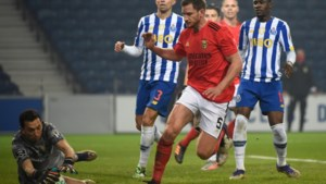 """Jan Vertonghen raakt besmet met corona, Portugese topclubs rollen vechtend over straat: """"Aanval op de volksgezondheid"""""""